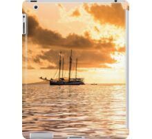 Recreational Yacht at the Indian Ocean iPad Case/Skin