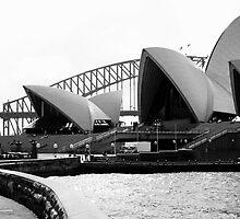 Sydney Opera House by Darryl Leach