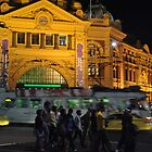 Melbourne @ Night by sarbi