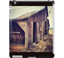 Rustic Red Barn with Tin Roof iPad Case/Skin