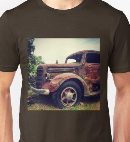 Rusty Broke Down Pickup Truck Unisex T-Shirt