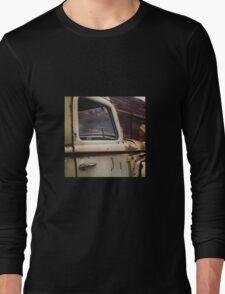 Rusty Ol' White Pickup Long Sleeve T-Shirt