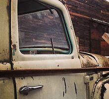 Rusty Ol' White Pickup by JULIENICOLEWEBB