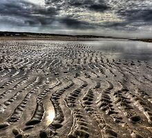 Wide Angle Beach look in H D R by John44
