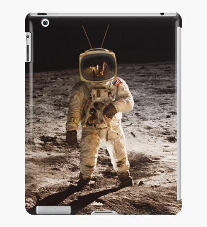 TV Astronaut moon walk iPad Case/Skin