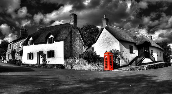Thatched cottages of Halse (Mono) by Rob Hawkins