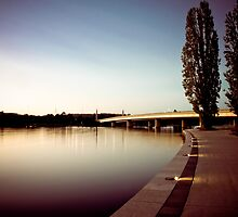 Dawn on Commonwealth Bridge by Jake Gumley