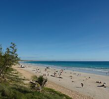 A section of the world famous Cable Beach by georgieboy98