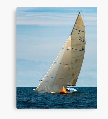 Iskereen Rounds the Mark Canvas Print