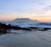 Rough waters - Cape Town by Roxanne du Preez