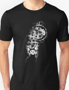 The Cat Who Walks Alone - T Shirt Unisex T-Shirt