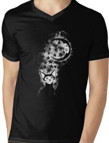 The Cat Who Walks Alone - T Shirt Mens V-Neck T-Shirt