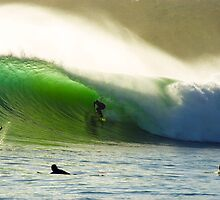 Perfect Wave by andychiz