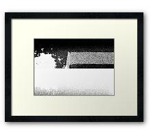 PRINT – Halftone screen 1 Framed Print