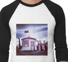 Tiny Old Fashion Teapot Gas Station Men's Baseball ¾ T-Shirt