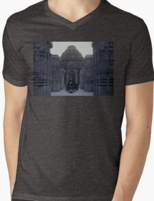 Itachi IRL uchiha temple Mens V-Neck T-Shirt