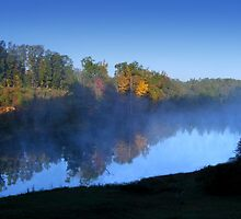 Autumn Morning on the Lake by barnsis