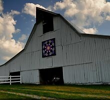 Quilt Barn by lynell