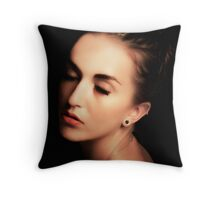 040 Throw Pillow