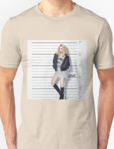 HYUNA- cute T-Shirt