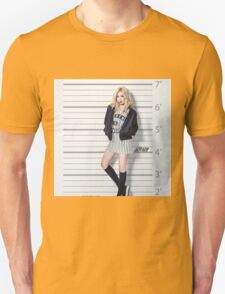 HYUNA- cute T-Shirt