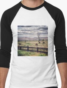 Snag Tree in a Pasture with Horses  Men's Baseball ¾ T-Shirt