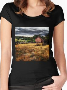 Weathered Red Barn Surrounded By Fields of Gold  Women's Fitted Scoop T-Shirt
