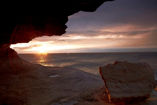 Cave View II - Maroubra by Mark  Lucey