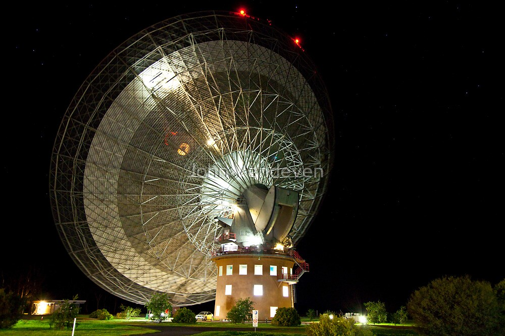 Parkes Dish at Night by John Vandeven