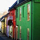 Painted Houses,  Bridge Street, Bungay. by Karen  Betts