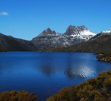 Dove Lake, Cradle Mountain, Tasmania. by Hayley Joyce