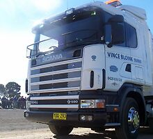 2004 Scania R164G V8 580 Highline - YOQ293 by Joe Hupp