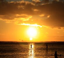Paddle Boarding Ala Moana by DJ Florek