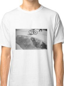 Cloud bicycle Classic T-Shirt