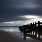 groyne, aberdeen beach by codaimages