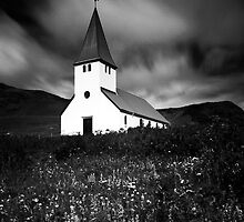 Vik Church by Javier Leite