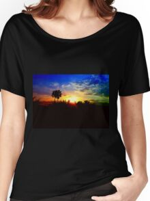 UFO SUNSET Women's Relaxed Fit T-Shirt