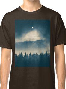 Follow the light Classic T-Shirt