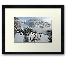 Wintry curve Framed Print