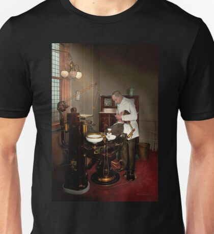 Dentist - Roy O Woodruff Dentist 1924 Unisex T-Shirt