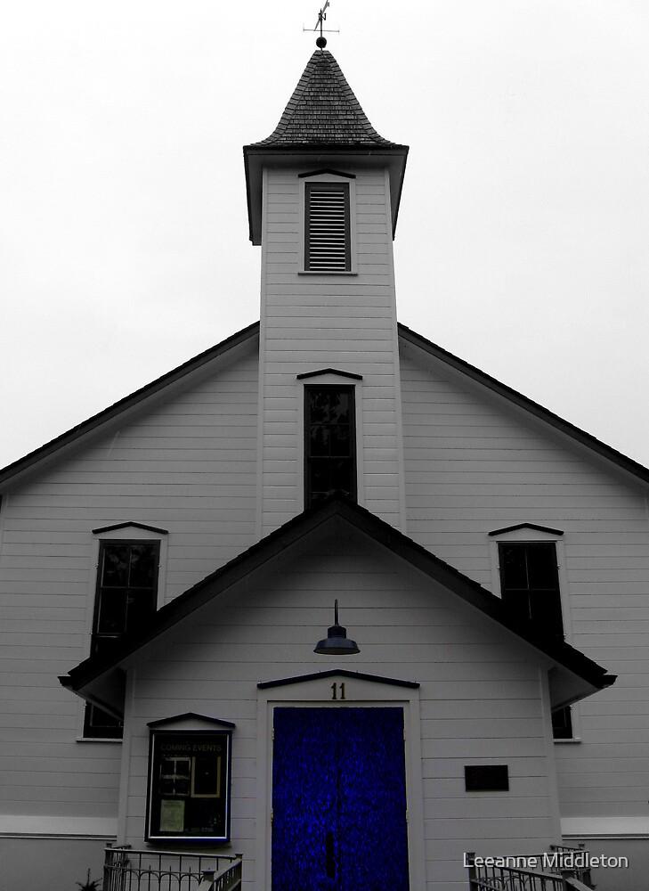 blue door by Leeanne Middleton