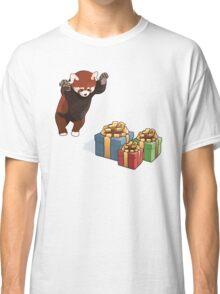 Red Panda Gets Presents Classic T-Shirt
