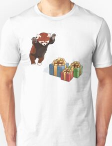 Red Panda Gets Presents T-Shirt