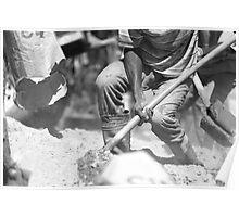Shovel 2 Poster