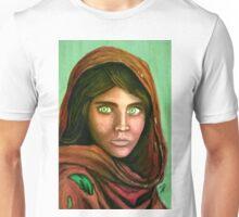 afganian girl sharbat gula Unisex T-Shirt