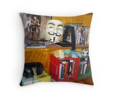 Ah Mon Sheree - Ve Muz Top Metink Luk zis! © Throw Pillow