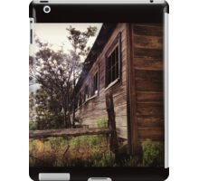 Distressed Barn with Barbwire Windows iPad Case/Skin