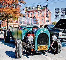 Olds on the Square by Yvonne Roberts
