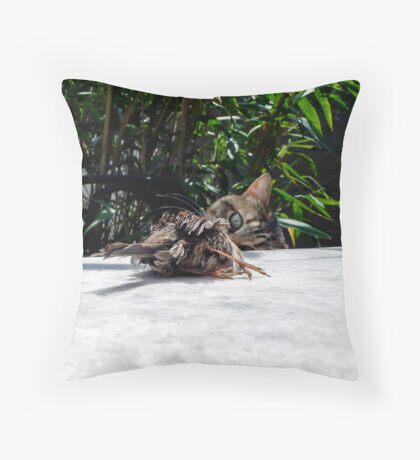 Nice birdie Throw Pillow