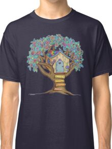 Live Simply, Love Trees Classic T-Shirt